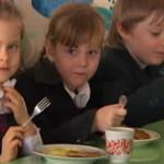 Детей в луцких детсадах кормят на 66% от нормы