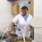 Нелегалов в Журавичах кормят лучше, чем больных в больницах